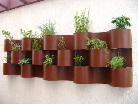 66. Jardim vertical em área externa. Projeto de MC3 Arquitetura