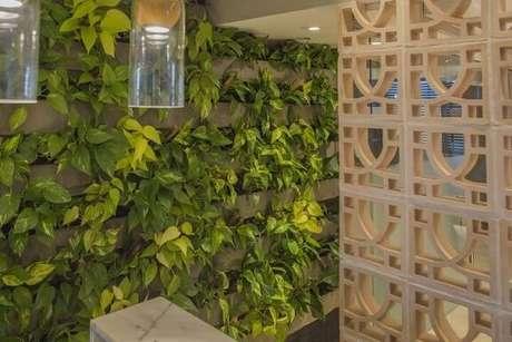 6. Nesse projeto de Galpão Design Arquitetura foram usados blocos pré-moldados