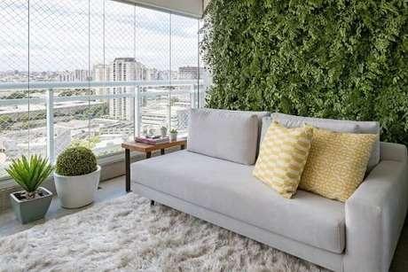 5. A parede de jardim vertical fica linda mesmo em projetos modernos. Projeto de GF Projetos