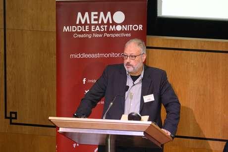 Jornalista saudita Jamal Khashoggi durante evento em Londres, Reino Unido 29/092018  Middle East Monitor/Handout via REUTERS