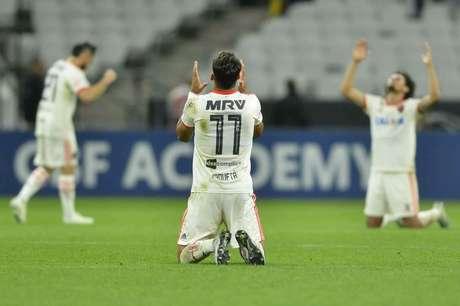 Lucas Paquetá celebra vitória sobre o Corinthians na Arena: ele fez dois gols (Foto: Staff Images/Flamengo)