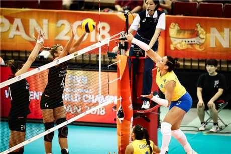Tandara foi a destaque da equipe brasileira, com 29 pontos (Divulgação/FIVB)