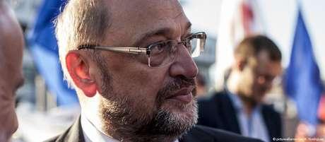 Em agosto, Schulz visitou Lula na prisão