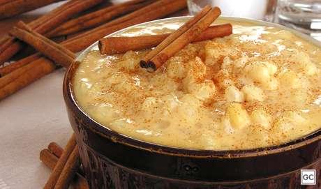 Canjica com leite condensado cozido |
