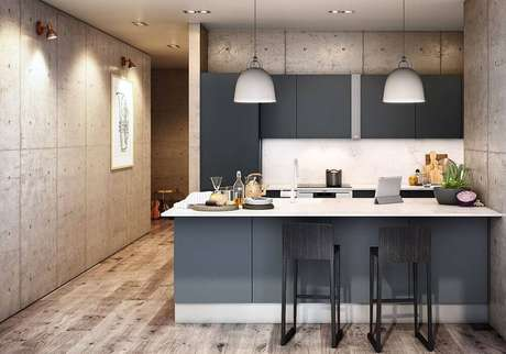 28. Cozinha americana moderna decorada com pendentes brancos e armário de cozinha planejado preto – Foto: Archello