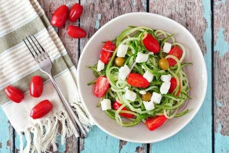 Como funciona a dieta Low carb? Conheça os benefícios e alimentos permitidos