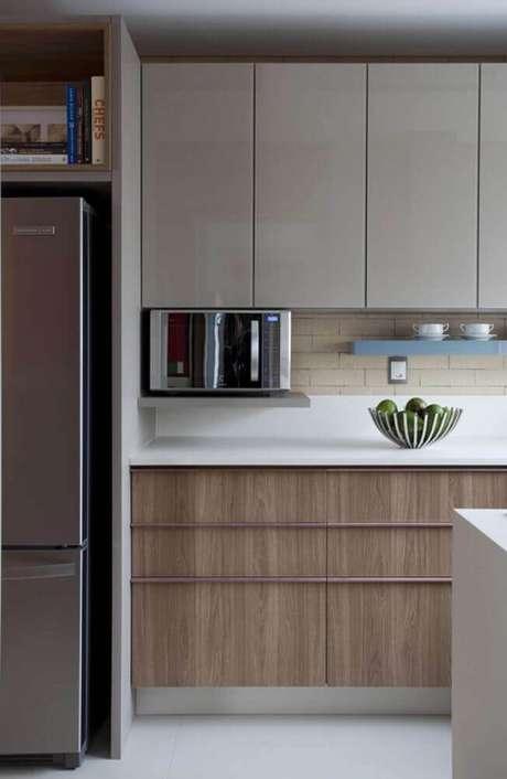 76. Modelo de armário de cozinha planejado – Foto: Juliana Pippi