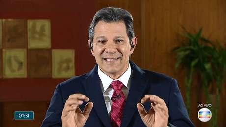 O candidato à Presidência do PT, Fernando Haddad, concede entrevista ao Jornal Nacional, da TV Globo