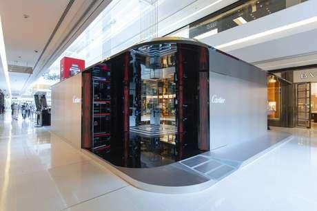 A instalação montada pela joalheria Cartier no shopping JK, em SP
