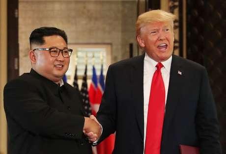 Presidente dos Estados Unidos, Donald Trump, e líder norte-coreano, Kim Jong Un, em Cingapura 12/01/2018 REUTERS/Jonathan Ernst