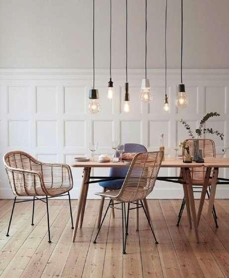 7. Decoração com pendentes para sala de jantar moderna – Foto: Pinterest