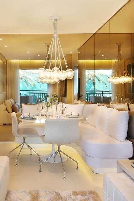 34. Decoração para sala de jantar moderna e sofisticada – Foto: The Holk