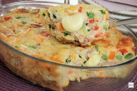 Torta de atum com legumes