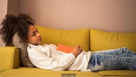 Estudantes que não dormem o suficiente devem ter mais dificuldade de lembrar informações