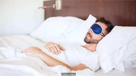 Bloquear a luz pode ajudá-lo a dormir - e a funcionar - melhor