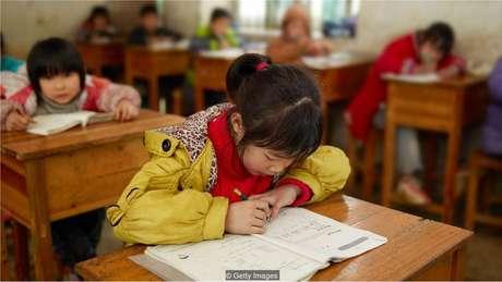 A habilidade das crianças de aprender tão rapidamente pode ocorrer pelo fato de elas terem mais tempo de Sono de Ondas Lentas