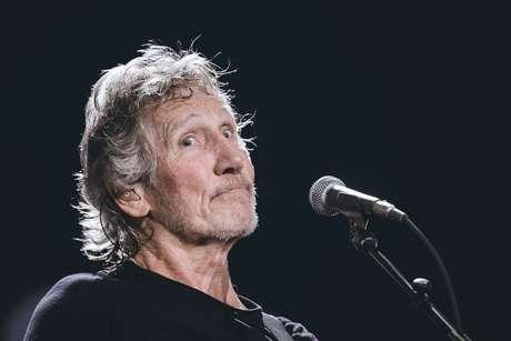 Em seu primeiro show da nova turnê, Roger Waters dividiu o estádio