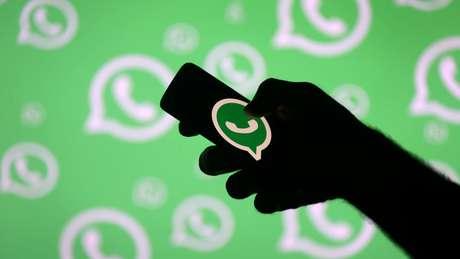 WhatsApp tem sido bastante usado para disseminar notícias falsas no período eleitoral