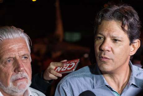 Senador eleito pela Bahia, Jaques Wagner, é coordenador de campanha de Fernando Haddad