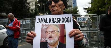 Membro de associação de direitos humanos questiona o desaparecimento de Khashoggi em Istambul