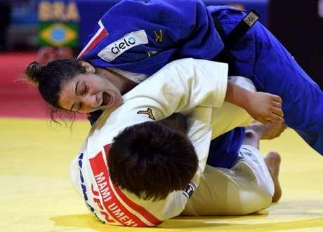 Judô brasileiro disputará o Gran Prix de Cancún nesta sexta-feira (Foto: ATTILA KISBENEDEK / AFP)