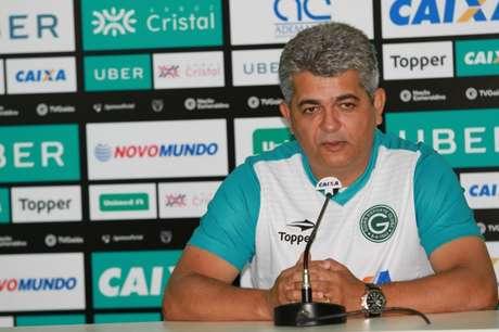 Ney Franco cita competência fora de casa para conseguir acesso (Foto: Divulgação/Goiás)