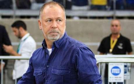 Mano ficou satisfeito com a apresentação do Cruzeiro no jogo- Marcello Fim