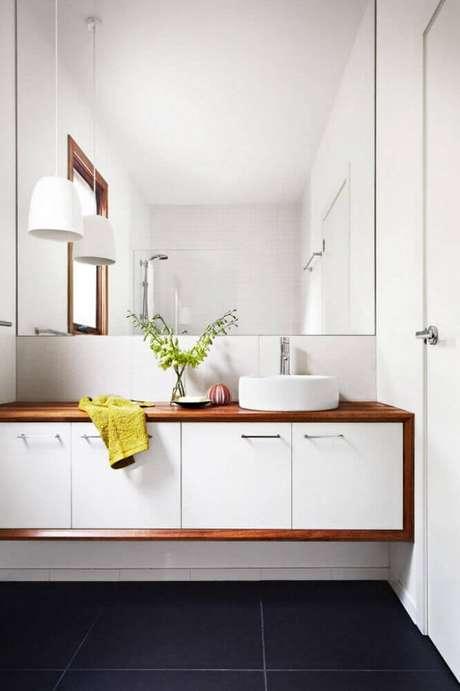 6. Decoração para banheiro planejado moderno – Foto: Wodfreview