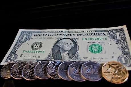 Dólar fechou a semana em baixa de 2%