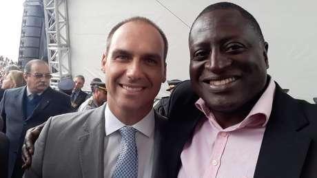 Eduardo Bolsonaro e Hélio Lopes; campanha foi centrada nas redes sociais e na participação de eventos ao lado da família Bolsonaro