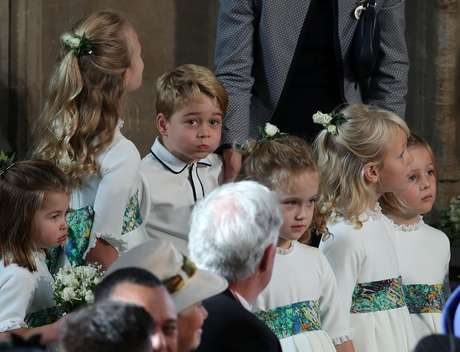 Príncipe George e princesa Charlotte chamaram a atenção durante a cerimônia