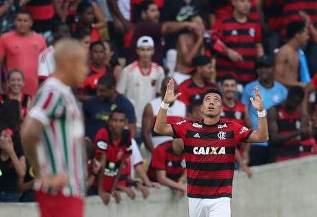 Uribe comemora gol pelo Flamengo