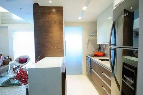 46- A cozinha americana pequena é uma tendência nas construções de novos apartamentos. Fonte: BG Arquitetura
