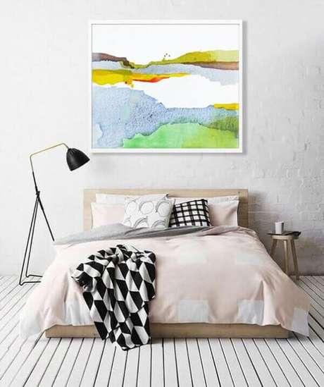 1- A decoração para quartos pequenos utiliza cores claras e neutras. Fonte: Pinterest