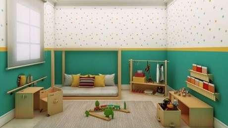 3- Os móveis devem manter a linha baixa na decoração de quartos pequenos. Fonte: Pinterest