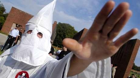 Ku Klux Klan defende a superioridade dos descendentes de europeus sobre negros e judeus