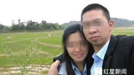 Sem saber que o acidente de carro era uma farsa, esposa se jogou em um lago com as duas crianças do casal porque queria que família 'ficasse junta'