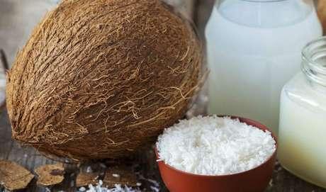 COCO: ele também é considerado uma boa gordura, que ajuda a controlar a fome