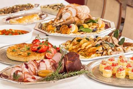 16. Esse dia é especial e, por isso, é celebrado com muita comida. Foto de Dica de Mãe