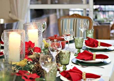 3. Inspire-se nos exemplos de mesa e ceia de natal para fazer a sua. Foto de Daqui Dali