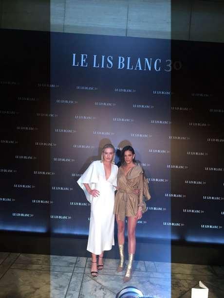 Bruna Marquezine foi convidada para o desfile de 30 anos da Le Lis Blanc
