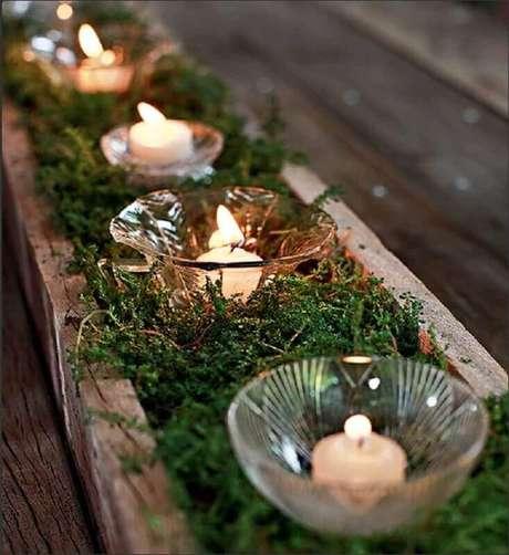 47. A decoração rústica com arranjos de natal sempre dão um charme a mais para o ambiente – Foto: Pinterest