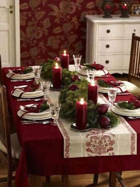 50. Decoração para mesa de natal simples – Foto: Yandex
