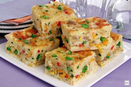Torta de sardinha com legumes