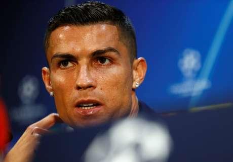 Cristiano Ronaldo foi acusado de estupro por modelo