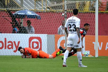 Corinthians sofreu nove gols depois dos 30 minutos do segundo tempo neste Brasileiro