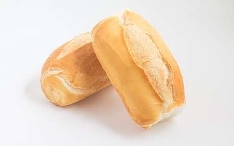 Pão branco pode? Saiba como inseri-lo na dieta de forma saudável
