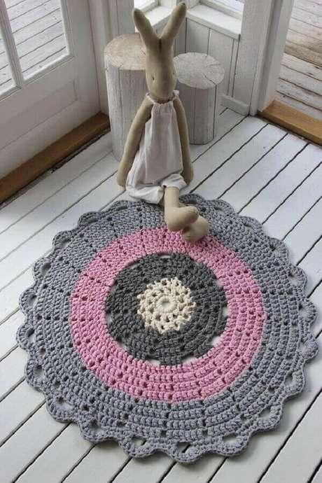 62- O tapete redondo de crochê é um artesanato muito valorizado. Fonte: Pinterest