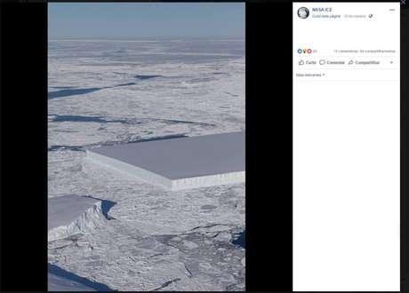 Fotografia mostra um iceberg plano e retangular