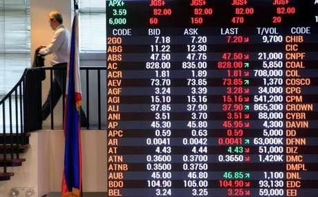 Painel com índices acionário da Ásia 27/06/2016 REUTERS/Romeo Ranoco